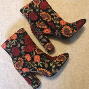 Embroidered floral print booties